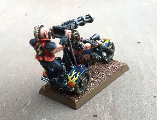 biker2_back